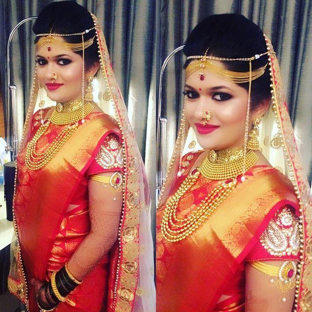 Rangoli On Her Wedding #maharashtrianbride #makeupbyme #makeupbyvishalk Hair @anitashil1989 @indearweddings @wedmegood @shadesofwedding @indearweddings @indian_wedding_inspiration #instabride #tagsforlikes #thebridesofindia #likesforlikes #weddingsutra #thebridalaffairind @indianweddingbuzz #indianweddingbuzz @dressyourface @thebridalaffairind @theweddingbrigade @weddingz.in