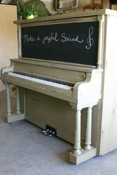 Composition Piano - Chalk Board Piano (I love this idea!)