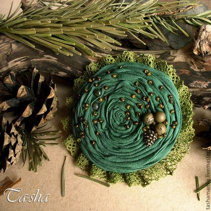 """Броши ручной работы. Ярмарка Мастеров - ручная работа. Купить """"Сосновый бор"""" брошь из ткани, цветок зеленый. Handmade. Броши"""