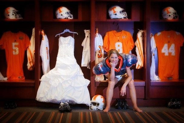 Brides, Bridesmaids & Blooms: I'm Ready for My Wedding and for Some Football! Footbal Wedding Inspirations.