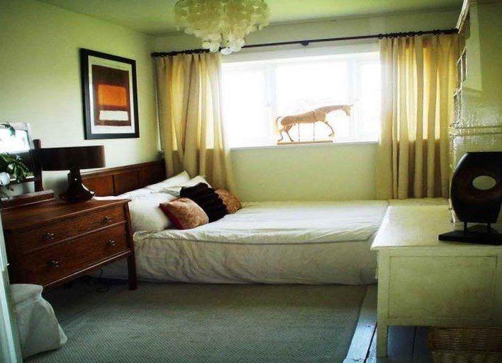 Ways to set up a small bedroom - https://bedroom-design-