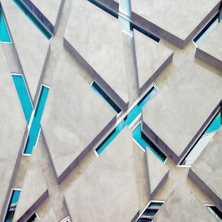LOVE IT - Yener Torun photographs Minimalist architecture in Turkey.