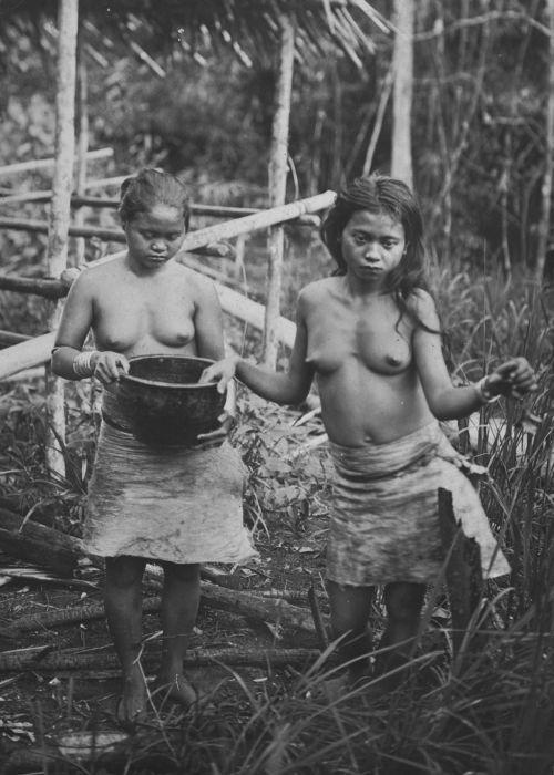 Dajak women, Borneo, Indonesia