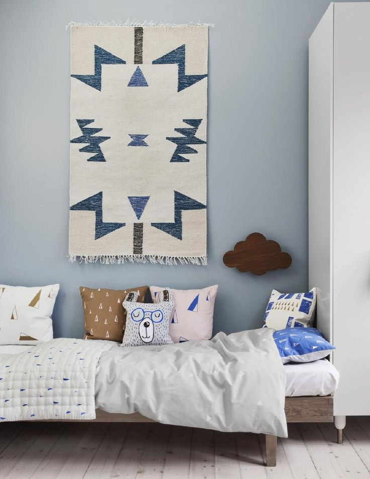 Repurpose Intricate Rugs Used As Wall Decoration