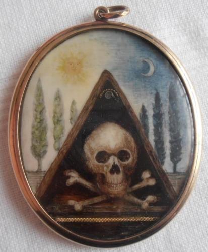 Raro-Y-inusual-georgiano-Memento-Mori-luto-en-miniatura-masonica-Skull-amp-Bones