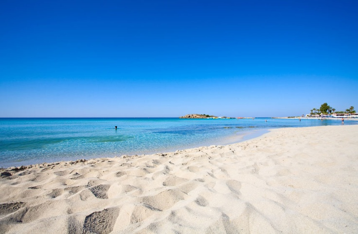 Best beaches in Europe, according to the EU Blue Flag system! #Cyprus #tripx.se