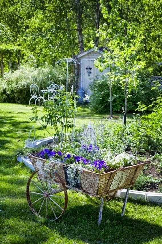 Beautiful English Country Garden - LISMARY'S COTTAGE: The Lawnmower Man of memories