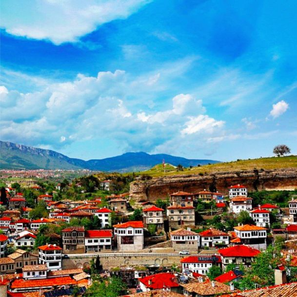A warm and welcoming photograph of the UNESCO World Heritage Site Safranbolu, showing how people have been living here for centuries in the most perfectly protected fashion!