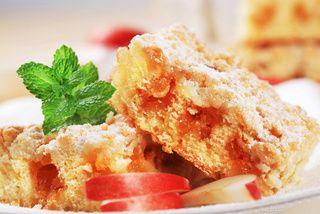 Sypane ciasto z jabłkami - Kobieta.pl
