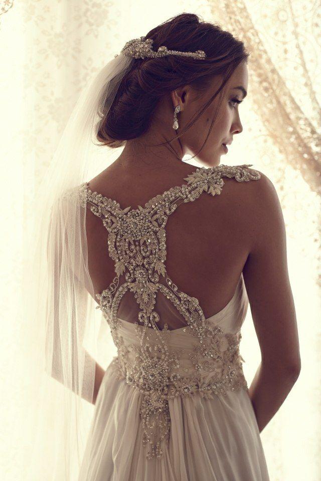 Heiraten Sie in diesem traumhaft verzierten Brautkleid