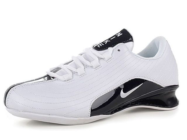Chaussures Nike Shox R2 Blanc/ Noir [nike_12136] - €46.89 : Nike Chaussure Pas Cher,Nike Blazer and Timerland  http://www.facebook.com/pages/Chaussures-nike-originaux/376807589058057