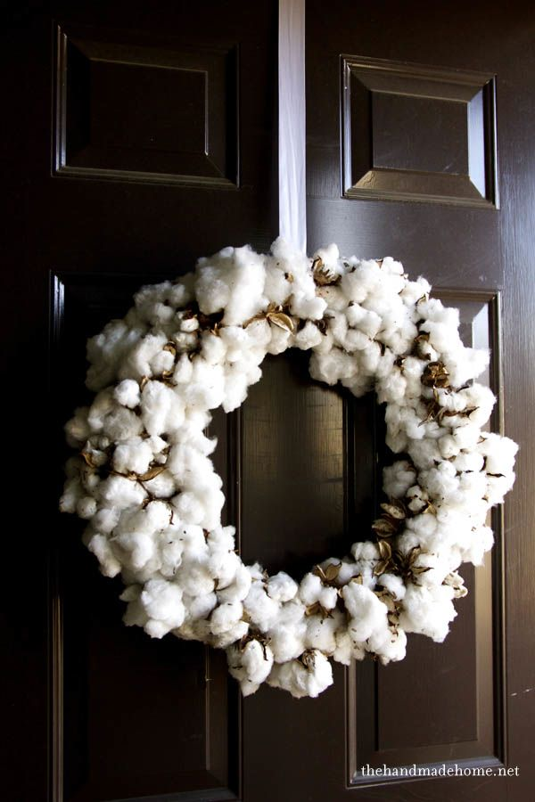 how to make a cotton wreath. looks so rustic and gorgeous