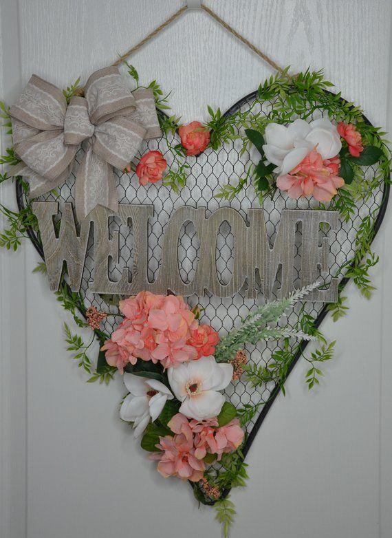 En Wire Heart Wreath Welcome