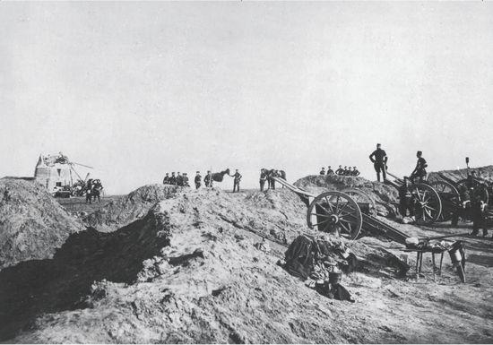 Krigen 1864 bød i kraft af fotografiet på en ny form for krigsrep... © C. Junot, Hamburg/Gyldendals Billedarkiv