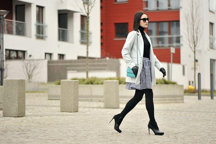 kratka-vichy-stylizacja #street #style #street #fashion #gingham #vichy #mint #coat #oversized #coat #turquise #bag #skirt #vichy #skirt #gingham #outfit