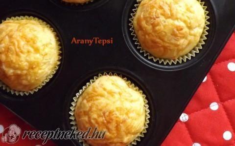 Egyszerű sajtos muffin recept fotóval