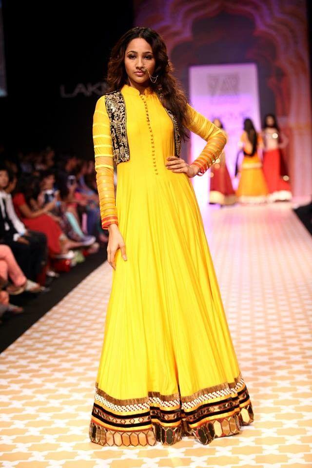Archana Kochhar's Chokhi at LFW