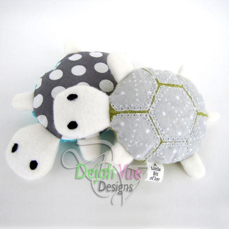 Simon the Turtle ITH Embroidery Design Dejavue Designs
