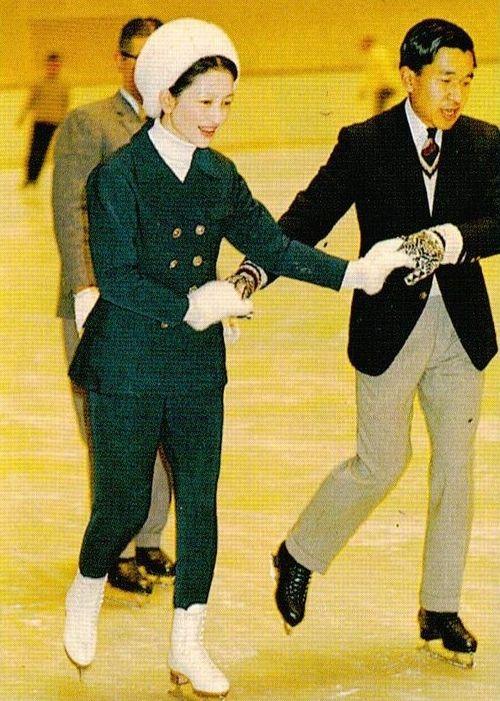 天皇皇后両陛下 as 皇太子継宮明仁親王(つぐのみやあきひとしんのう)殿下, 同妃美智子(みちこ)殿下時代  キャ〜♫(´ω`* ) Japan's Crown Prince Akihito and Crown Princess Michiko