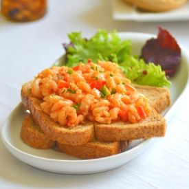 Nigerian style prawn sandwich with a spicy kick