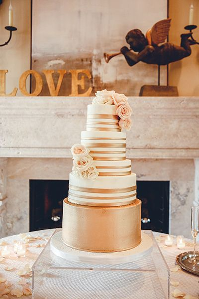 Wedding cakes houston heights