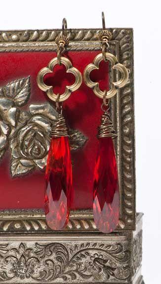 Elegant Red Earrings featuring TierraCast Quatrefoil links. Design by Tracy Gonzales for TierraCast.