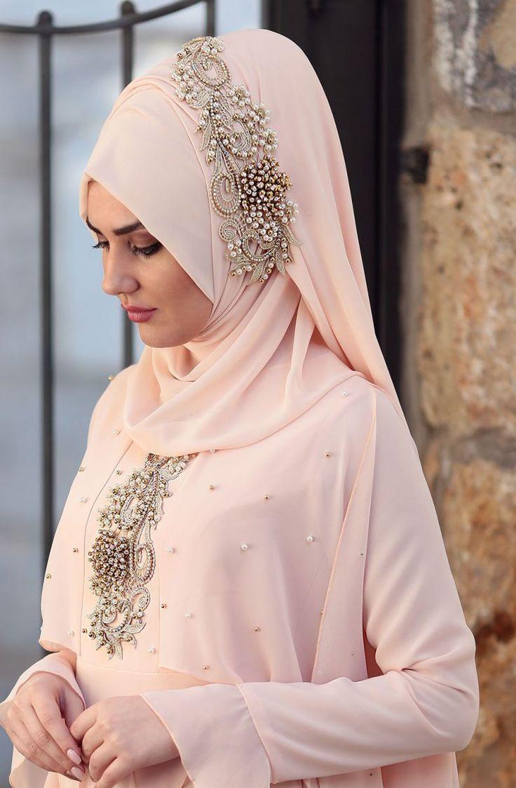 """Som Fashion Nur Şal 11149 Pudra Sitemize """"Som Fashion Nur Şal 11149 Pudra"""" tesettür elbise eklenmiştir. https://www.yenitesetturmodelleri.com/yeni-tesettur-modelleri-som-fashion-nur-sal-11149-pudra/"""