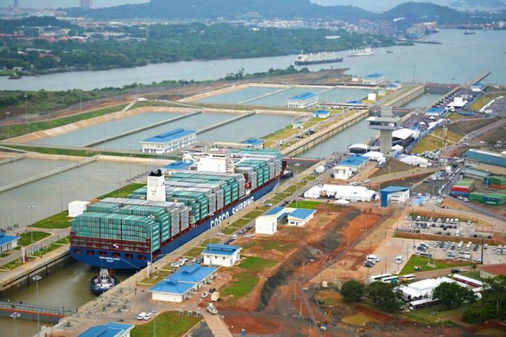 The MV Cosco Shipping Panama makes the inaugural transit through the expanded Panama Canal, June 26, 2016. Photo: Panama Canal Authority