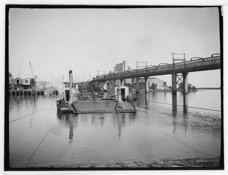 Meadowbank Rail Bridge on the Parramatta River (year unknown).