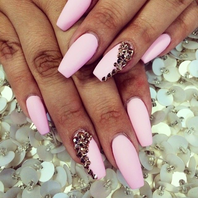In love with this matte baby pink, with a little diamond for sparkle.