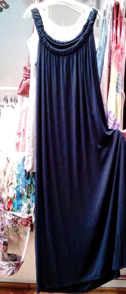 Μακρύ μακό φόρεμα viscose  σε φαρδιά γραμμή.