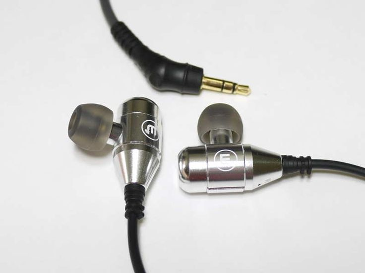 Brainwavz R3. 2x Dynamic Drivers for $100-$150NZ. Frequency response is great for long listening sessions with any genre