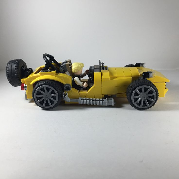 https://flic.kr/p/VZ3oo3 | Caterham - an approximation, the best that I can. #quickbuild #legomoc #caterham #lego