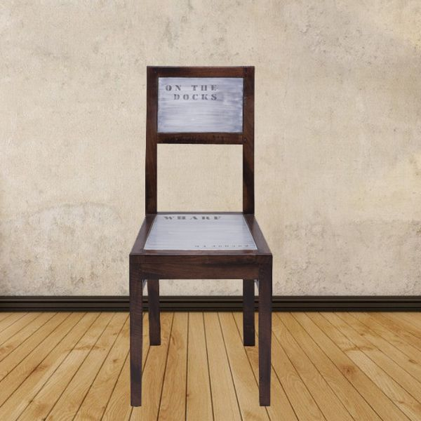 Makan malam Anda bersama keluarga terasa semakin lengkap dengan Chair yang yang didesain cantik ini. Info Pemesanan Telp. (0274) 4342 888 (Customer Service & Sales) Cek disini..http://ow.ly/ZhEsA