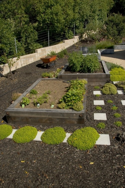 Itu0027s Good To Know That Idiosyncratic Design Can Be So Beautilful · Raised  GardensFront GardensVegetables ...