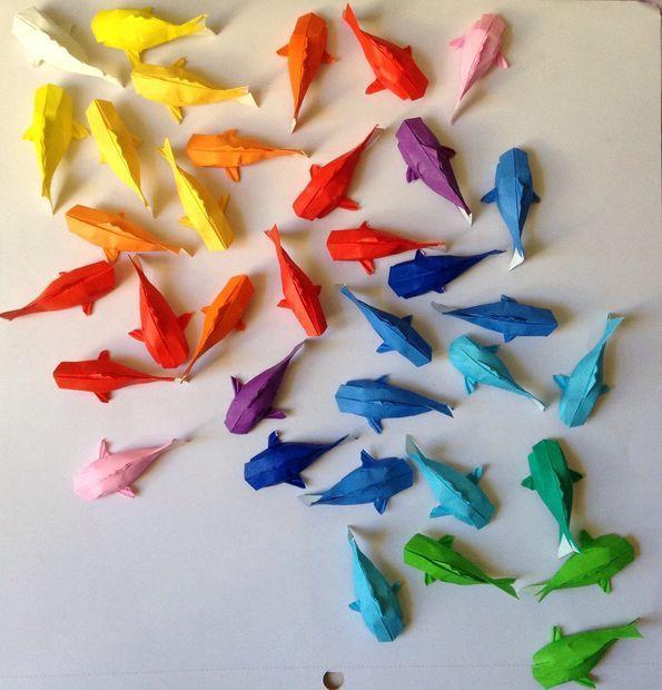 金魚の折り紙の簡単な作り方をご存知ですか?夏に近づくと涼しさを求めて金魚を見て楽しむ人が増えますね。金魚の折り方は、お子様でも簡単に作れる折り方はもちろん、大人向けの折り方まで種類豊富。おしゃれな活用方法と合わせて、楽しみ方をお伝えします。