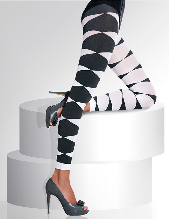 ISA Coloured Leggings - beautiful top quality leggings made in Europe. http://www.avec-moi.com.au/index.php/leggings-footless/isa-40-den-detail