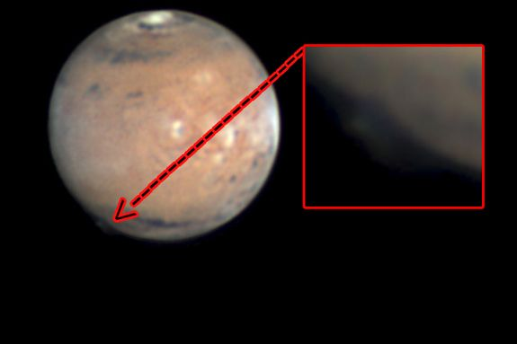 Mysterious Mars Plume Discovery Is Amateur Astronomy at Its Best