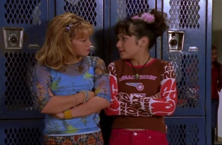 """Is there some kind of rule that every time it's raining we have to play dodgeball?"" - Miranda #LizzieMcGuire"