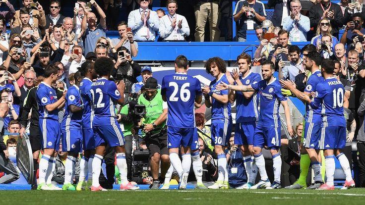 John Terry the best defender of his era - former Chelsea striker Chris Sutton