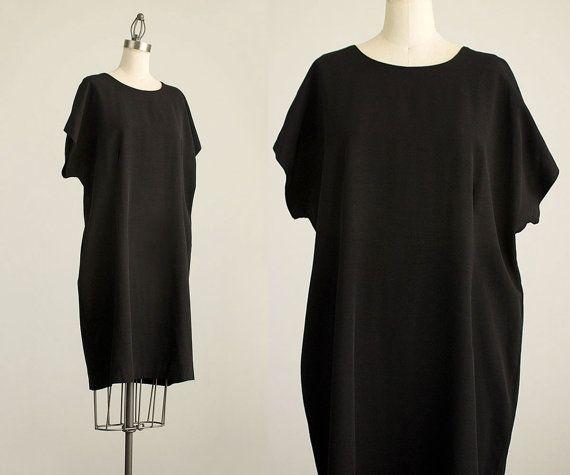 90s Vintage Black Minimalist Slouchy Tunic by ShopCherieVintage