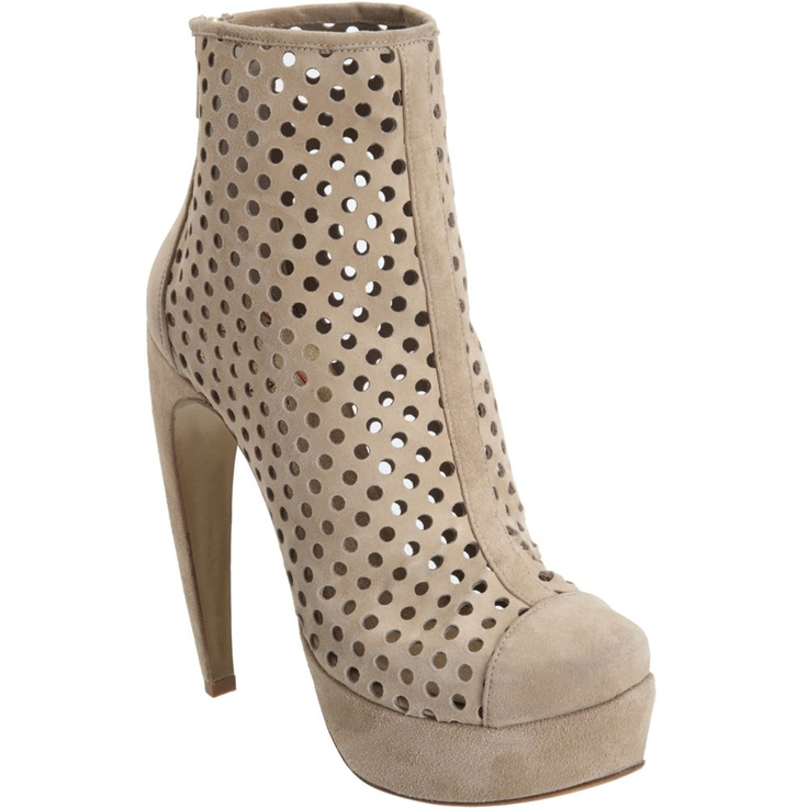 perforated booties!: Perforated Booty, Steiger Perforated, Perforated Ankle, Walter Steiger, Fashion Style, Bootsumm Sexy, Ankle Bootsumm, Shoes Obsession, Perforated Boots