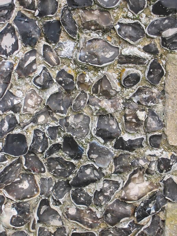 flint wall, typical building materials for the South coast