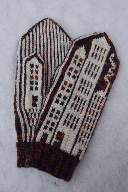 House mittens by Karina Larsson - free knitting pattern on Ravelry: