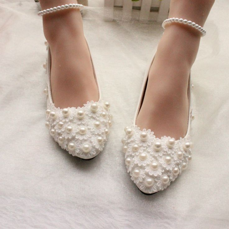 White/Red Lace Pearls Foot Bandage Women Wedding Shoes Flat Heels Lace Party Shoes Flat Heels Pointed Toes     Tag a friend who would love this!     FREE Shipping Worldwide     Buy one here---> https://worldoffashionandbeauty.com/whitered-lace-pearls-foot-bandage-women-wedding-shoes-flat-heels-lace-party-shoes-flat-heels-pointed-toes/