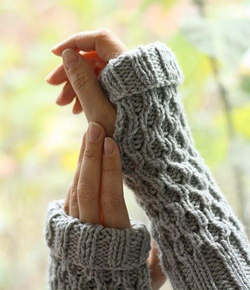 Free Knitting Patterns For Mittens In The Round : 1000+ images about How to Knit Mittens & Fingerless Gloves on Pinterest ...