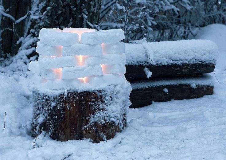 Nyt on aika sytyttää lyhdyt, tuikut, tulet ja valosarjat valaisemaan puutarhan hämärää vuodenaikaa. Kurkkaa Viherpihan ideat talvisen pihan valaisemiseen!