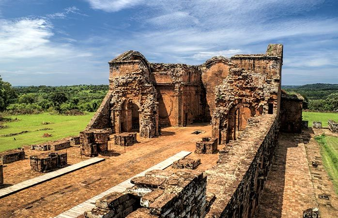 As ruínas das missões jesuíticas de Encarnación, no #Paraguai #momondo