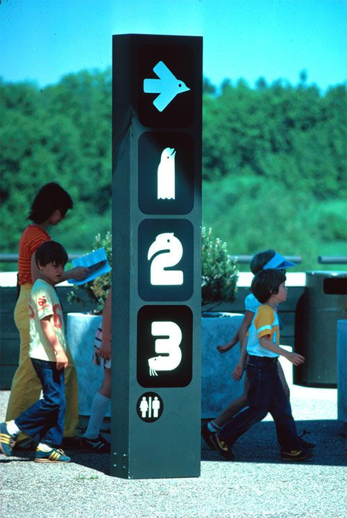 Minnesota Zoo wayfinding/animal typography (1981) by: Lance Wyman