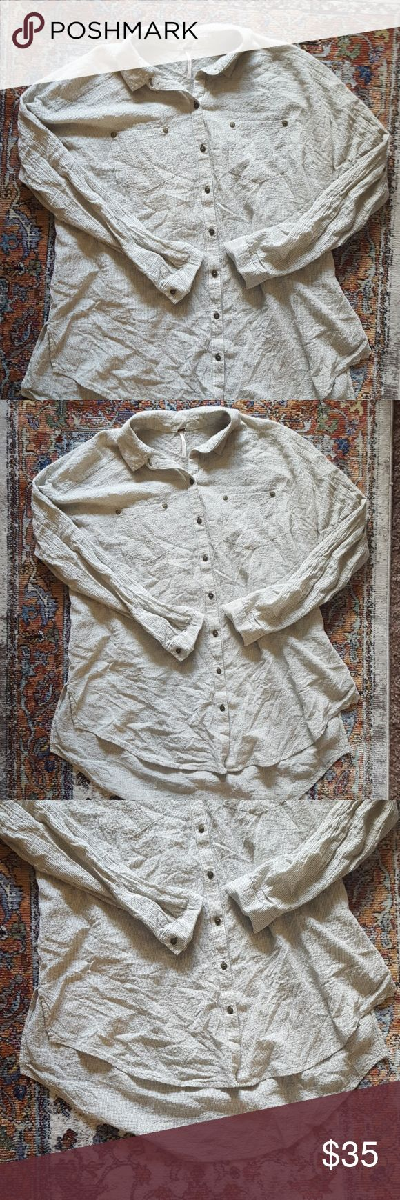 Free People XS Love Her Madly Puckered Grid Top Make an offer! :) Free People Tops Blouses